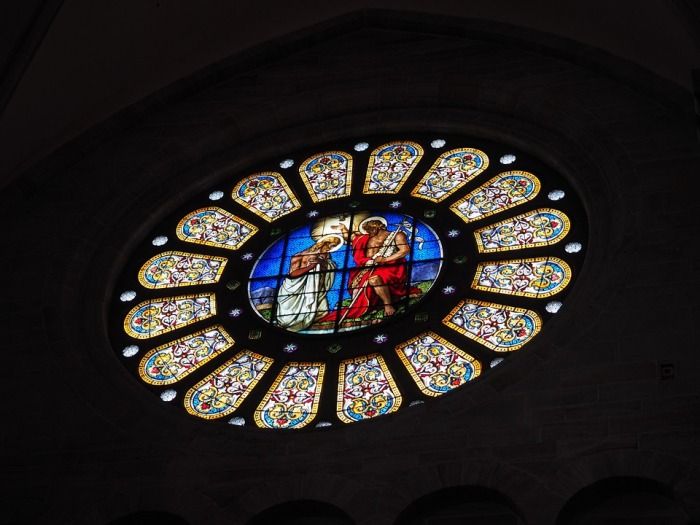 rose-window-699873_960_720