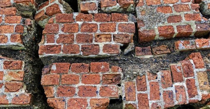 brick-2205882_960_720